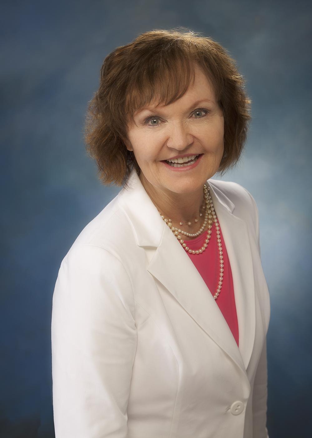 """Bobbi Wells, Presidenta de la Asociación de Mujeres de la Aviación Internacional (IAWA): """"Existe una gran necesidad de líderes visionarios y transformadores, para dar un paso adelante y re-imaginar el futuro de la aviación"""""""
