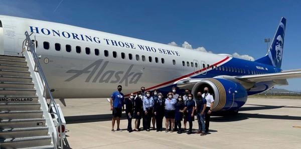 «Una misión de misericordia y un cuidado increíble»: Cómo Alaska Airlines apoyó los vuelos chárter para refugiados afganos